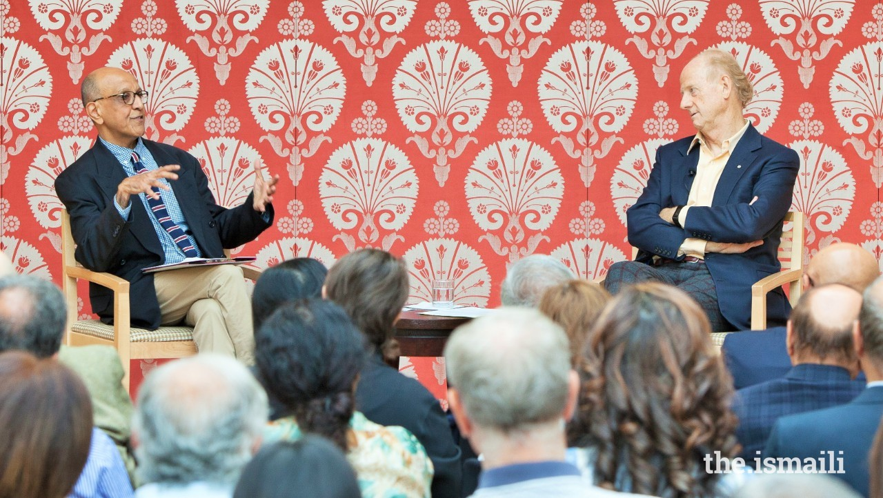 Dr Amyn Sajoo (left) in conversation with John Ralston Saul at the Ismaili Centre, Toronto, in 2018.