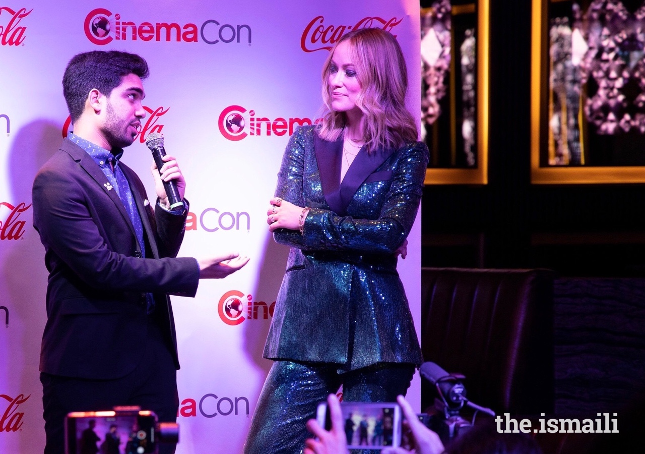 Shayain interviews the actress Olivia Wilde at the Cinemacon event in Nevada.