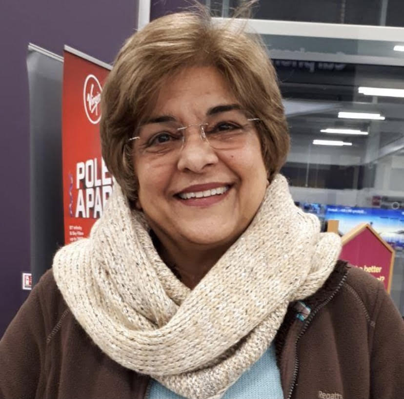 Yasmin Heath from Brighton Jamatkhana in the UK served on a TKN assignment in Europe to help murids from Afghanistan learn English language skills.