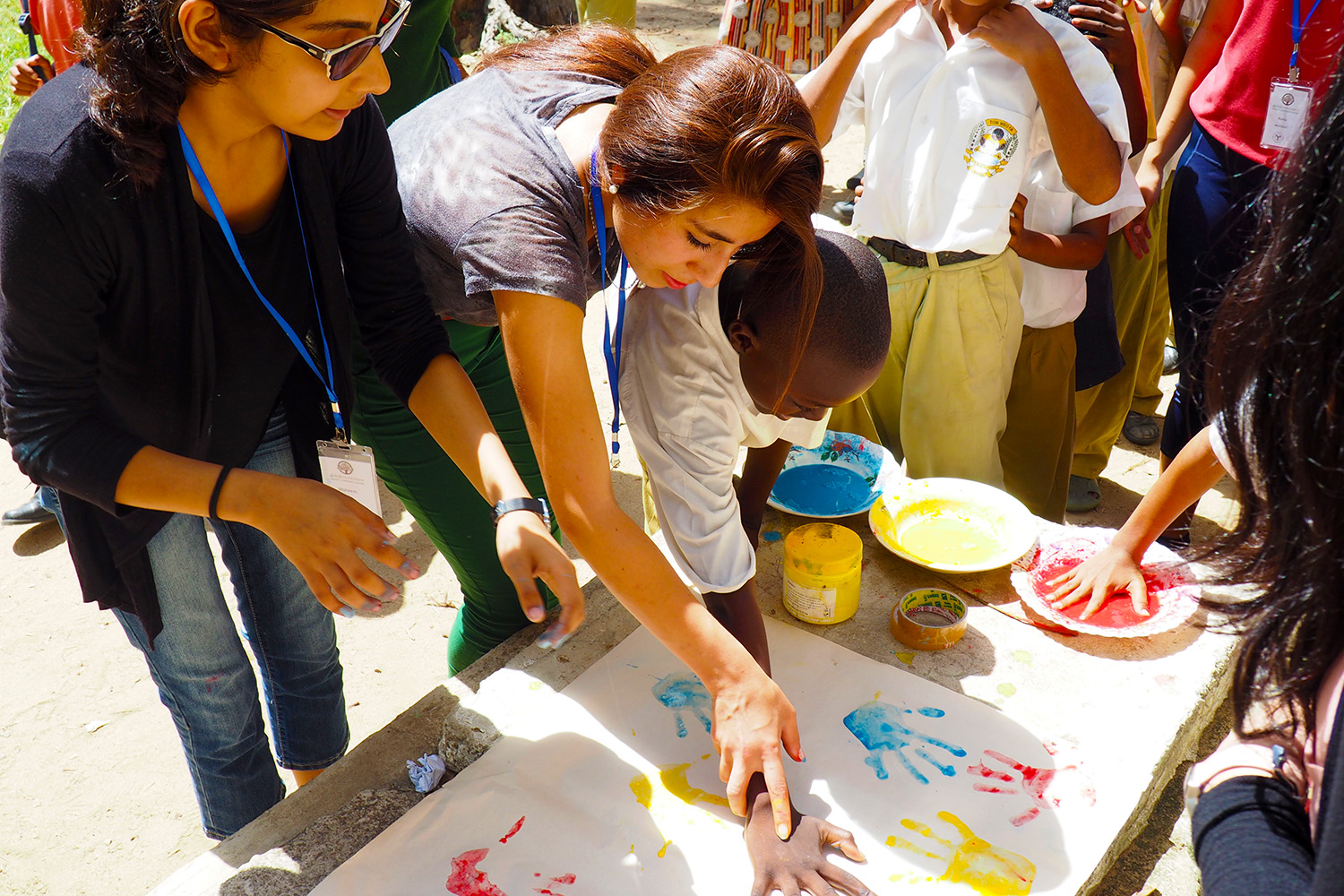 Global Encounters participants work with students at Tom Mboya Boys School in Mombasa. Global Encounters / Zahra Kassam