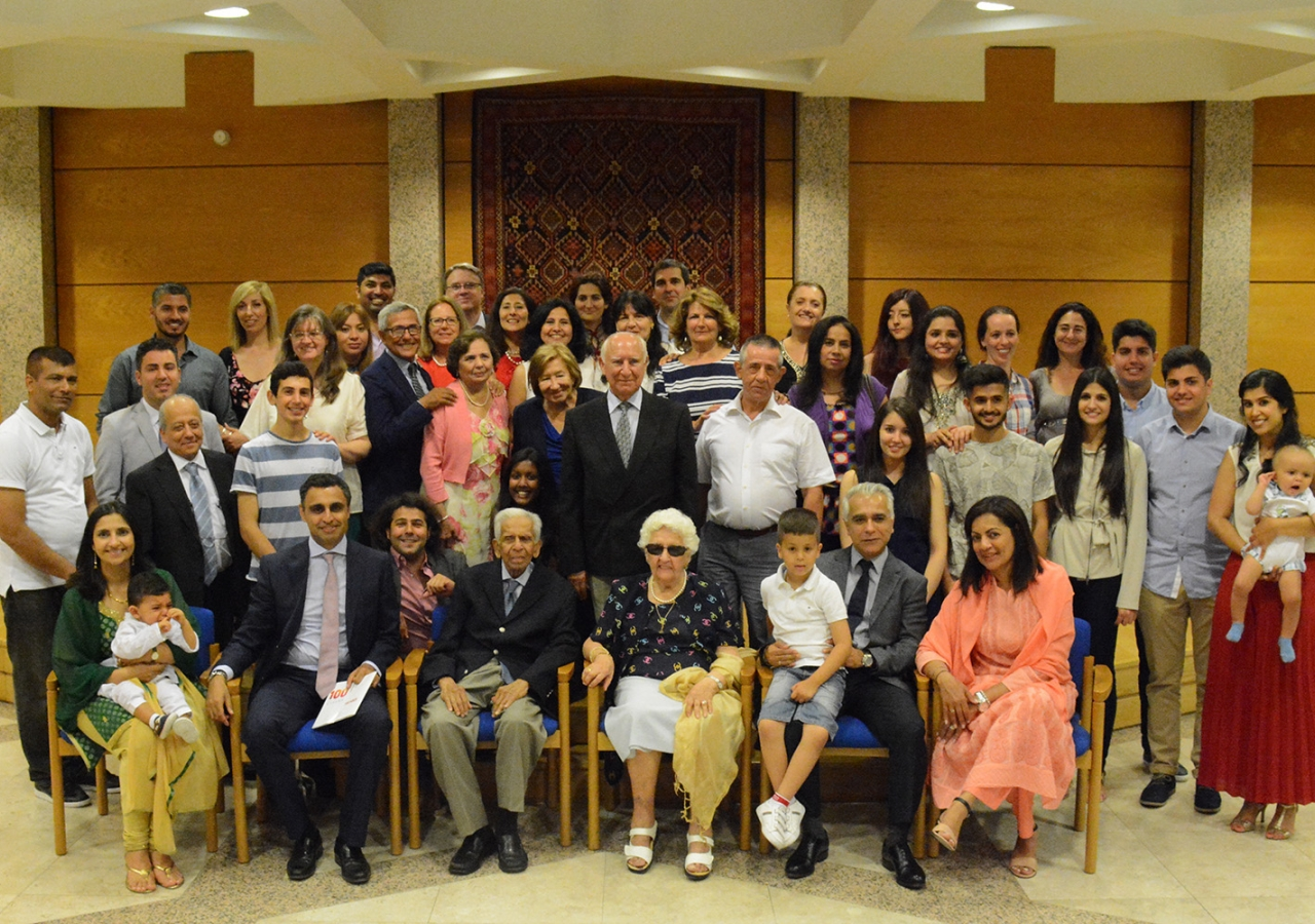 Family portrait of the Spain Jamat with the leaders of the Ismaili Council for Portugal. Ismaili Council for Portugal / Nadia Silva