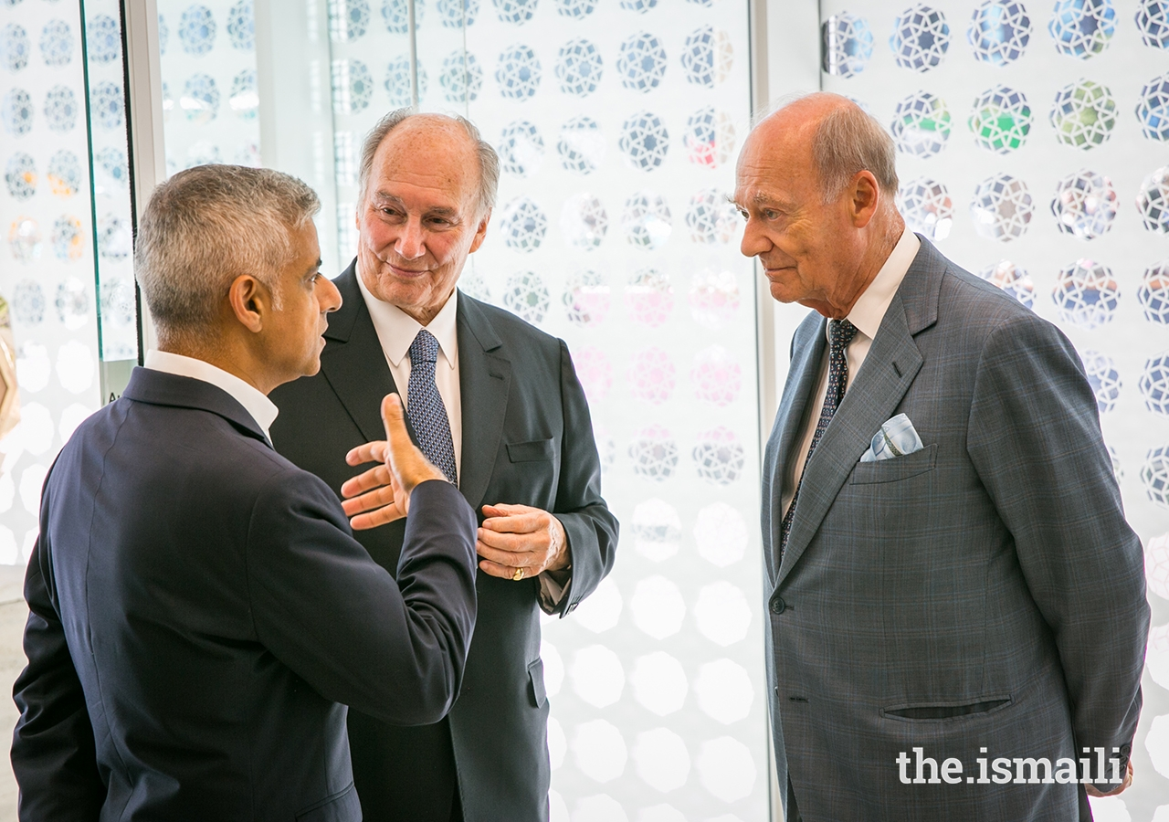 Mawlana Hazar Imam and Prince Amyn in conversation with Mayor of London Sadiq Khan, at the opening ceremony of the Aga Khan Centre in London.