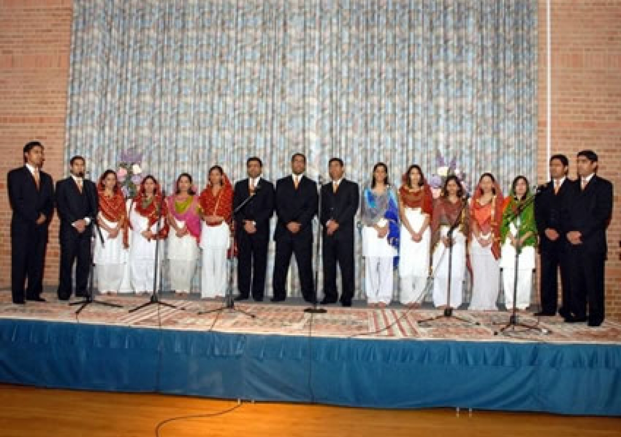 The Ismaili Choir singing Naat-e-Rasul (Poetry in praise of Prophet Muhammad) in Houston
