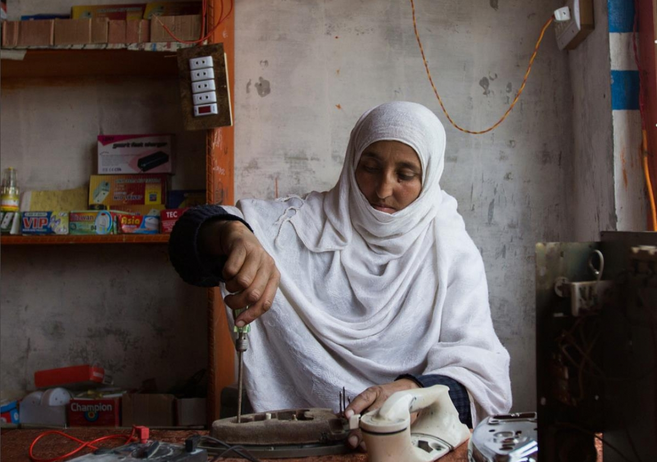 Entrepreneur Zehra pictured in Northern Pakistan. TKN volunteers have supported the launch of Accelerate Prosperity, an incubator for start-ups in Tajikistan, Afghanistan and Pakistan - a partnership between AKF and AKFED.