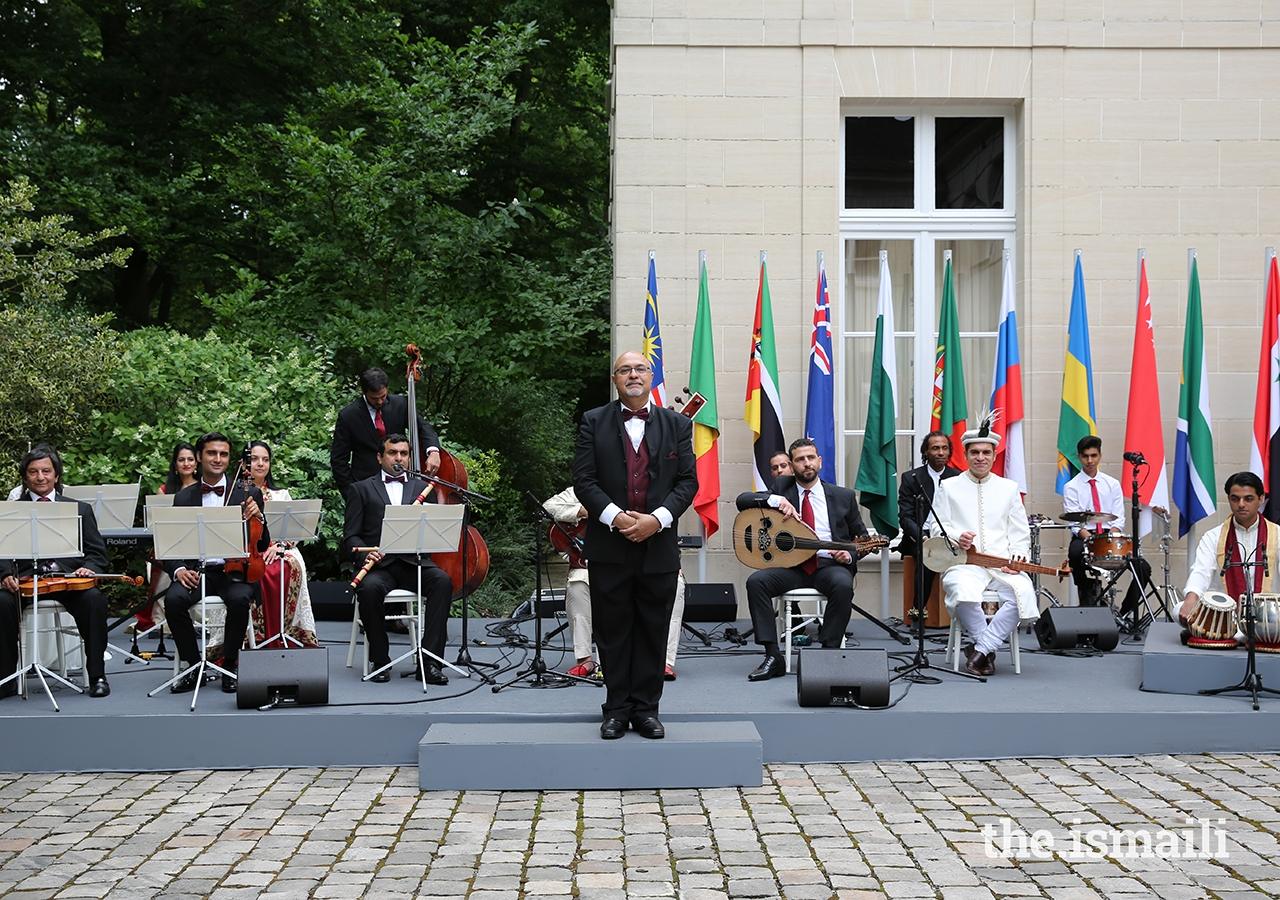 For the inauguration ceremony of the Diamond Jubilee commemoration, he was invited to Aiglemont with a handpicked group of Ismaili musicians from diverse Jamati traditions to perform his arrangement of the Nashid in the presence of Mawlana Hazar Imam, Imamat family members, and senior leaders of the global Jamat.