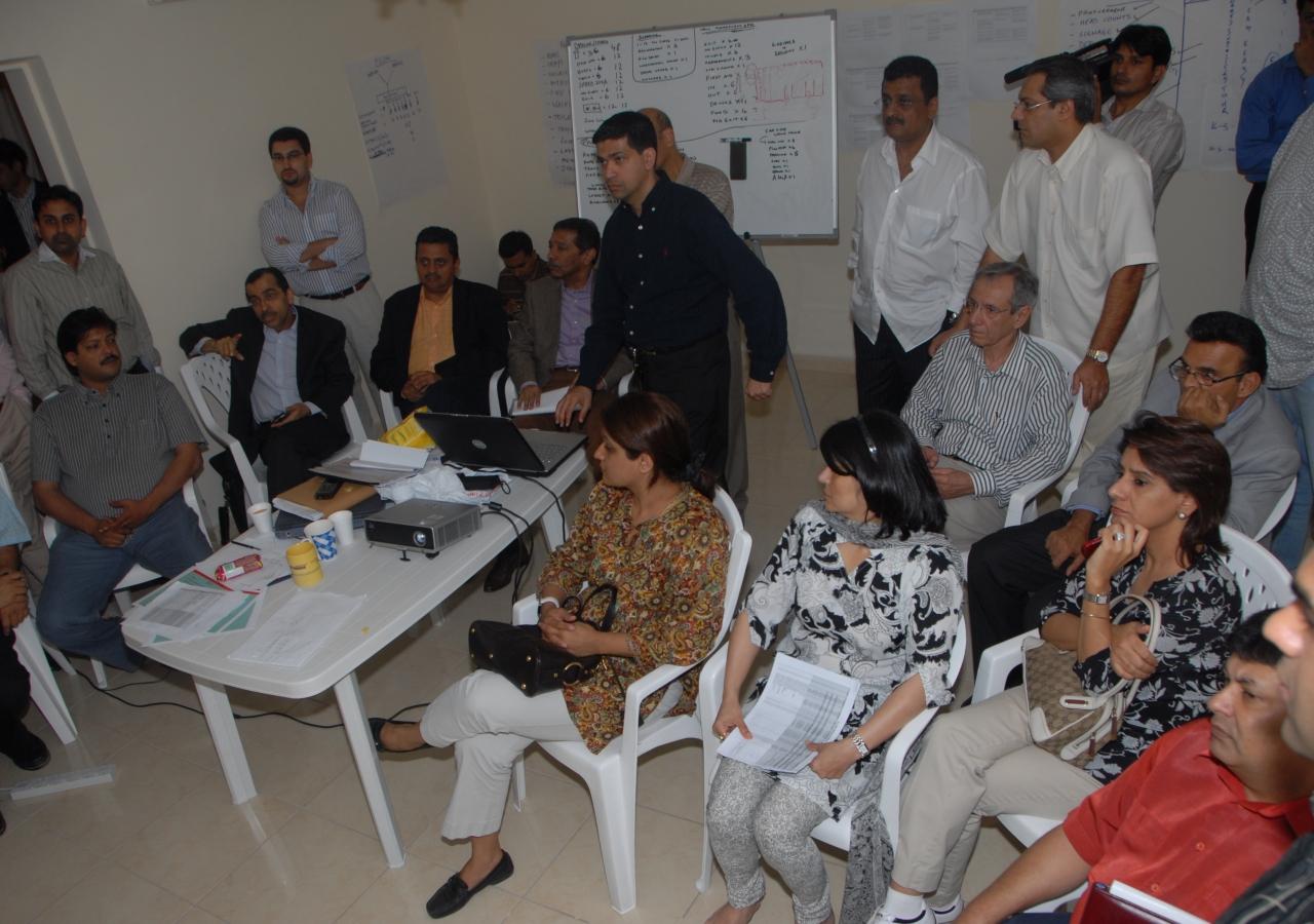 UAE Jamati Leadership in discussion with volunteers