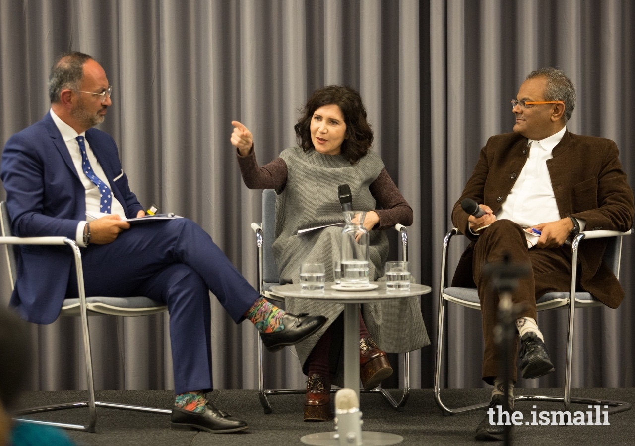 World-renowned architect Farshid Moussavi (centre) participates in an Aga Khan Award for Architecture panel discussion at the Aga Khan Centre, alongside Farrokh Derakhshani (left) and Hanif Kara (right).
