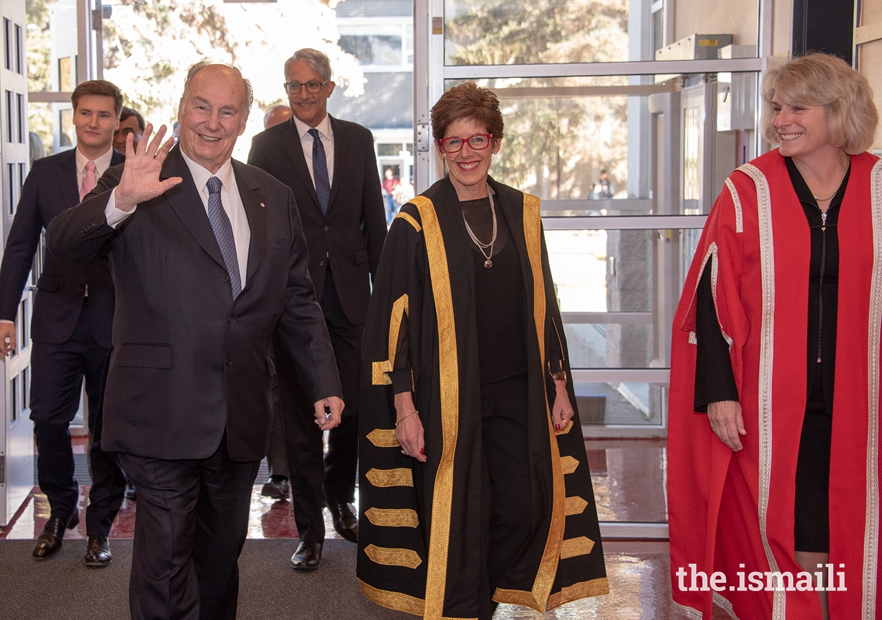 Mawlana Hazar Imam together with Prince Aly Muhammad and leaders from the Jamat, AKDN, and the University of Calgary, arrive at the Rozsa Centre where Hazar Imam was conferred with the University's highest academic honour.