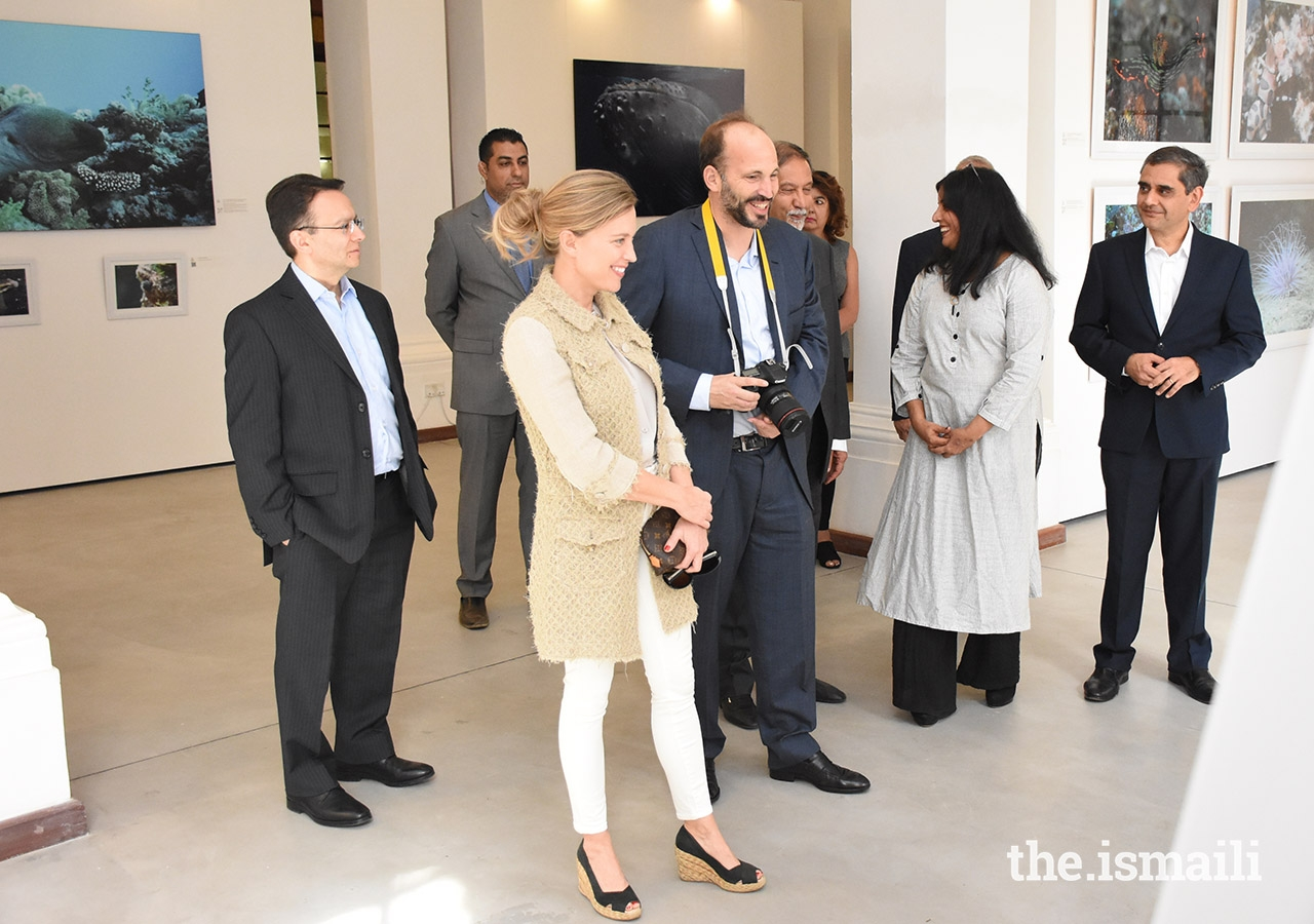 Prince Hussain and his fiancée Miss Elizabeth Hoag enjoy a light moment with members of the National Council and AKDN, during a tour of the Exhibition Gallery, held at Nairobi's landmark Town Jamatkhana.