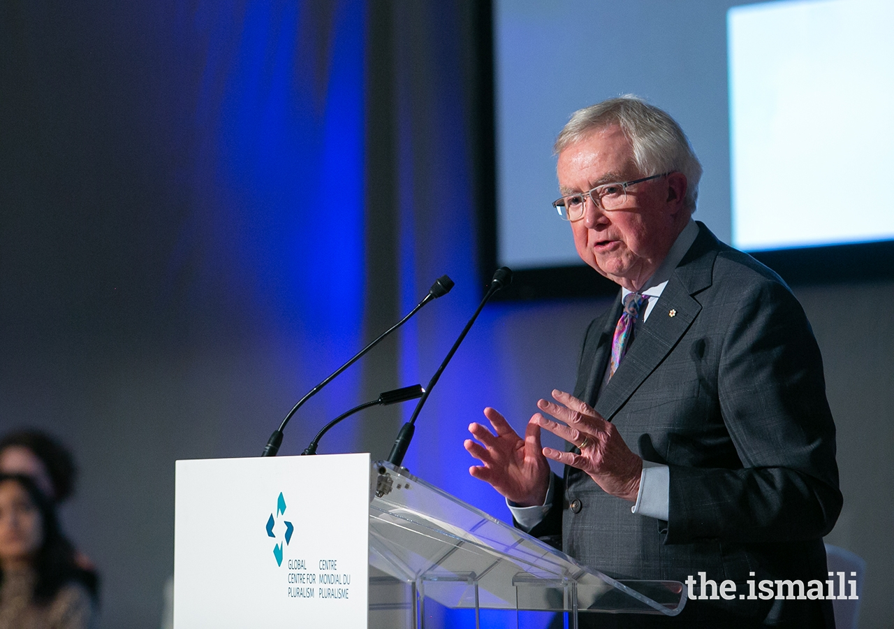 The Right Honourable Joe Clark, former Prime Minister of Canada and chair of the award jury, delivers remarks during the Global Pluralism Award ceremony.