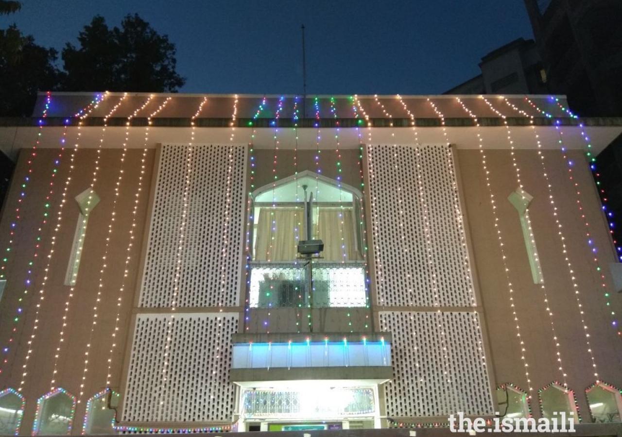 Kurla Jamatkhana in South Mumbai decorated with lights