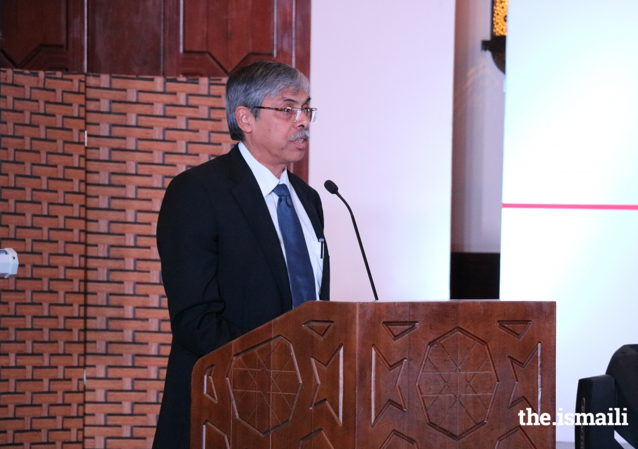 His Excellency Muhammad Imran, Ambassador of Bangladesh addressing the distinguished guests at the Ismaili Centre, Dubai