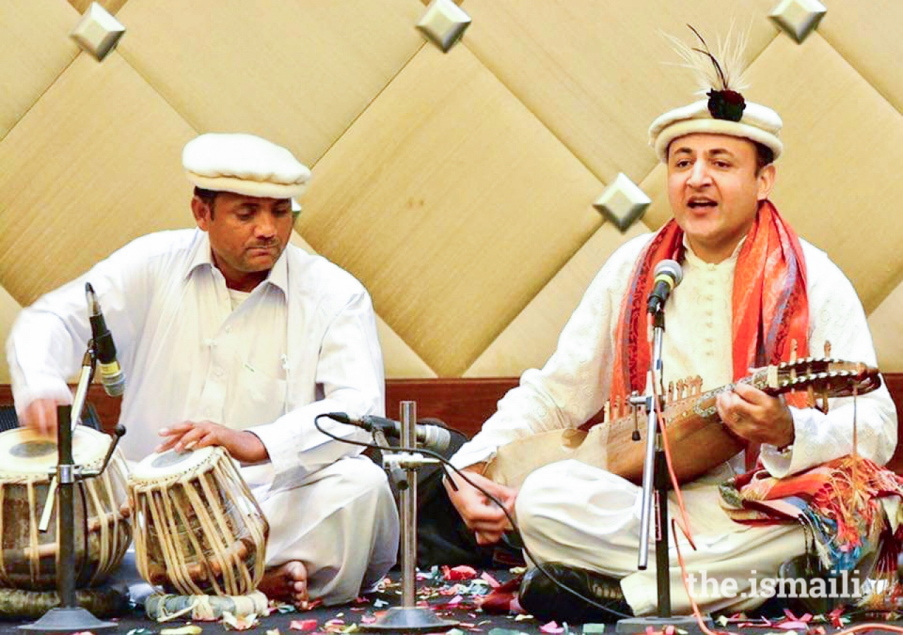 Shahid Qalandar, a singer-songwriter from Northern Pakistan.