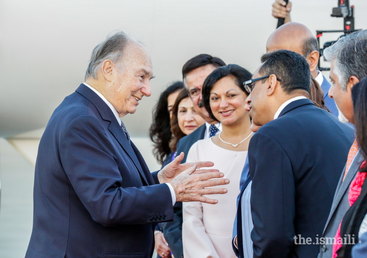 Mawlana Hazar Imam in conversation with Jamati leaders, shortly before his departure from Houston, completing a 10-day Diamond Jubilee visit to the United States.