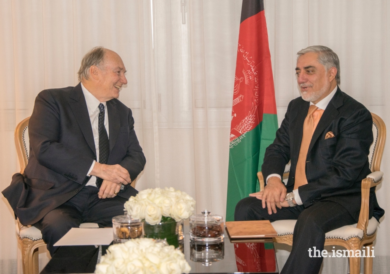 Mawlana Hazar Imam in discussion with Afghanistan's Chief Executive His Excellency Abdullah Abdullah at a bilateral meeting held at the Geneva Conference on Afghanistan.