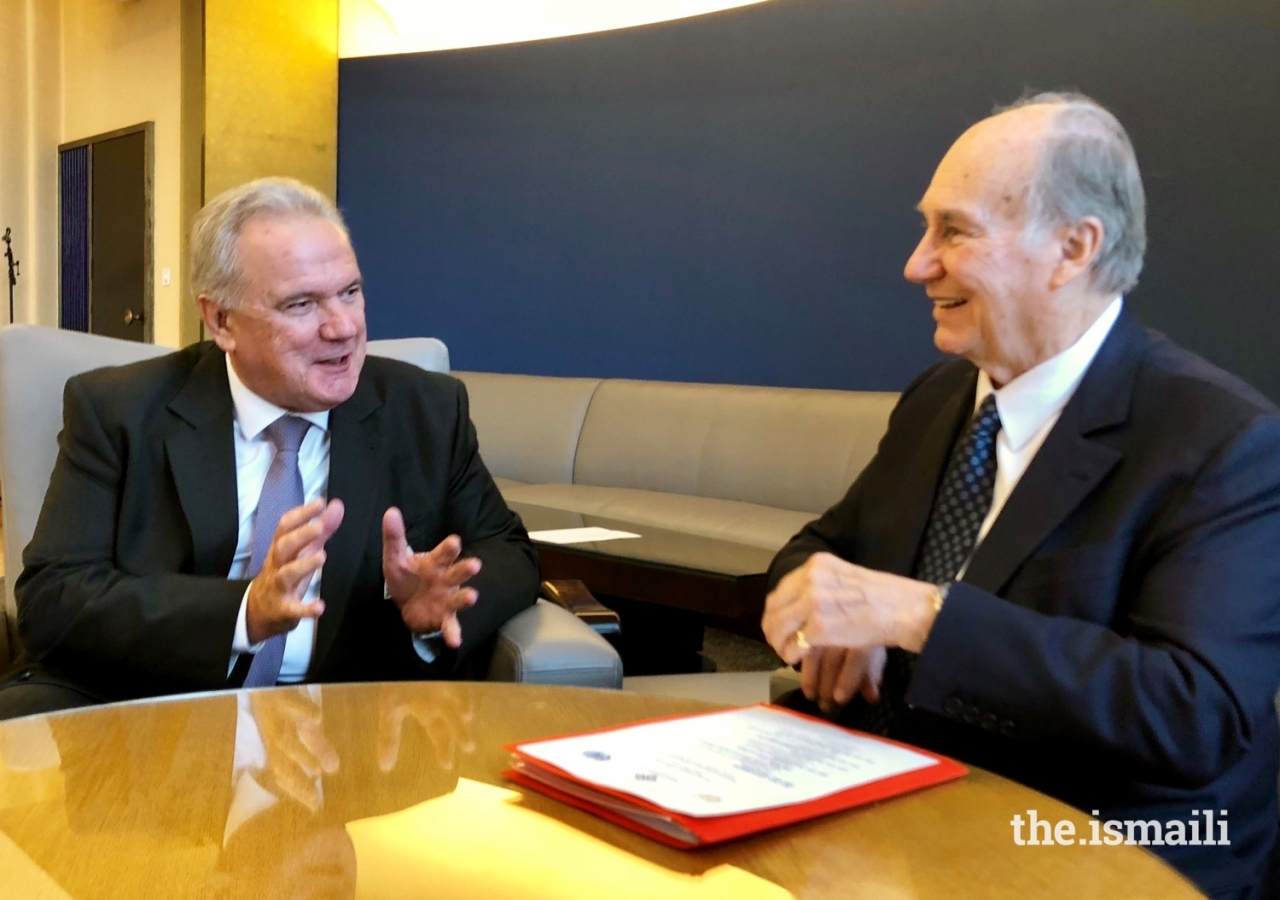 Mawlana Hazar Imam in discussion with Mr Neven Mimica, EU Commissioner in charge of International cooperation and Development at a bilateral meeting held at the Geneva Conference on Afghanistan.