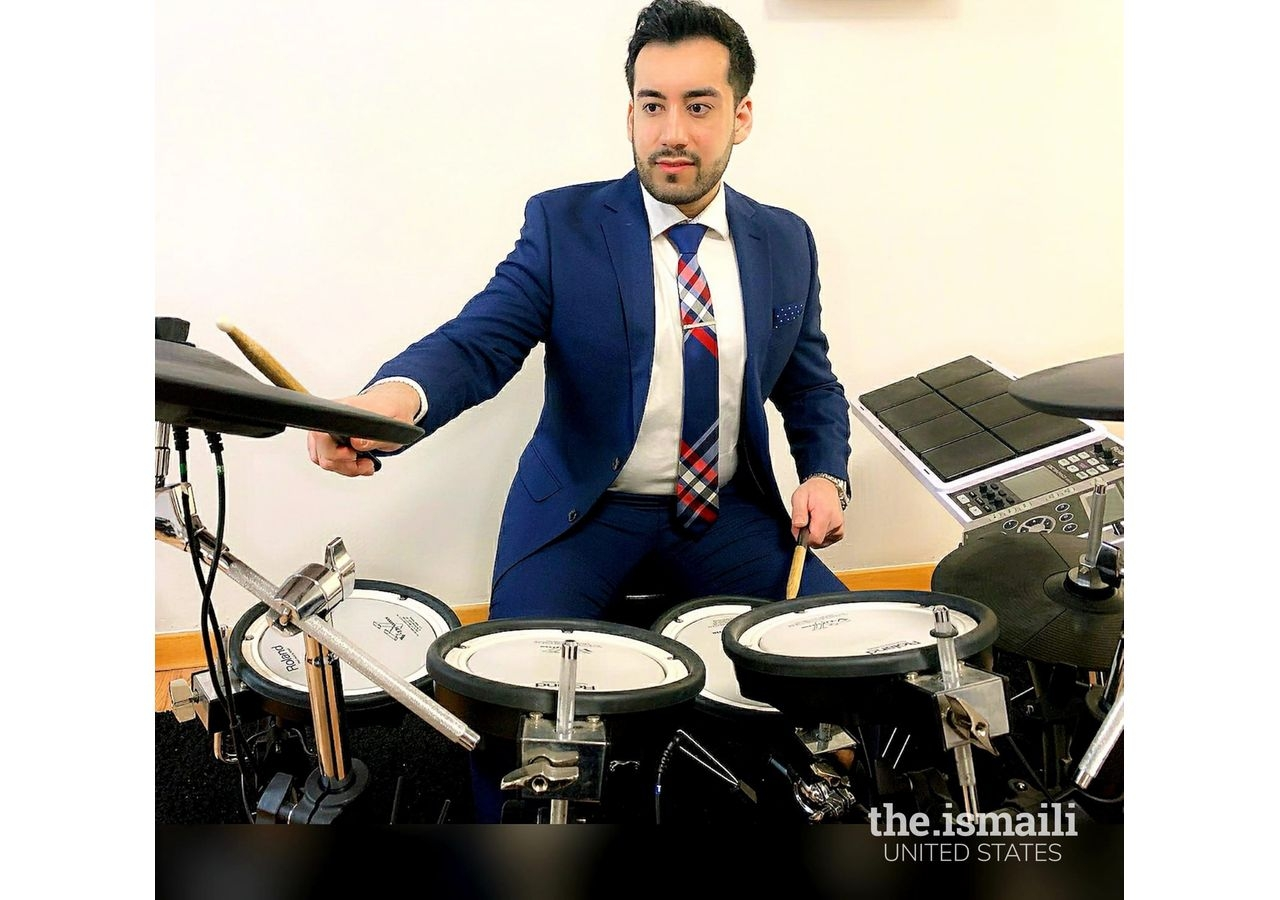 Moiz Lalani, a percussionist who is now also playing the keyboard.