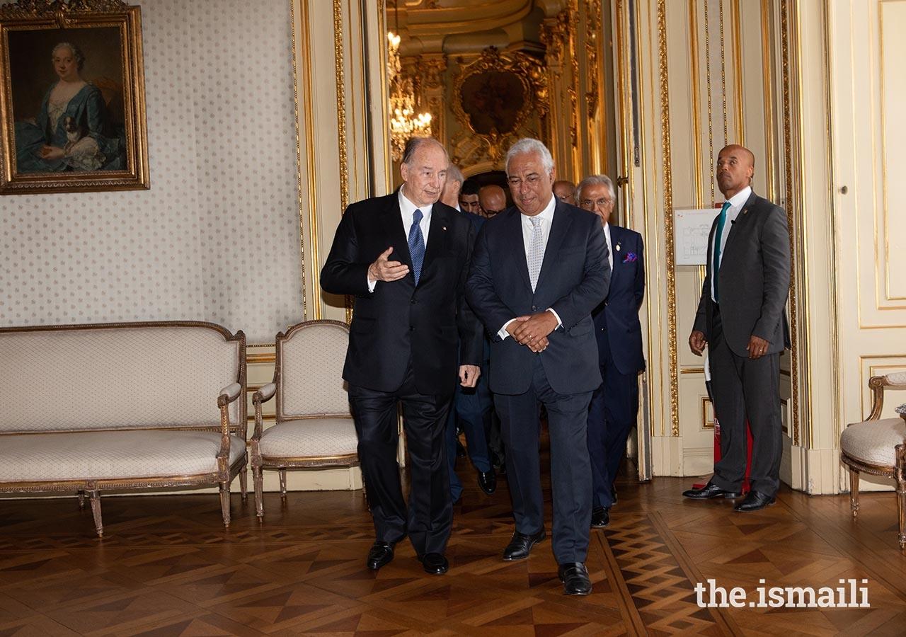 Mawlana Hazar Imam in conversation with Portuguese Prime Minister António Costa at Lisbon's Palácio Foz.