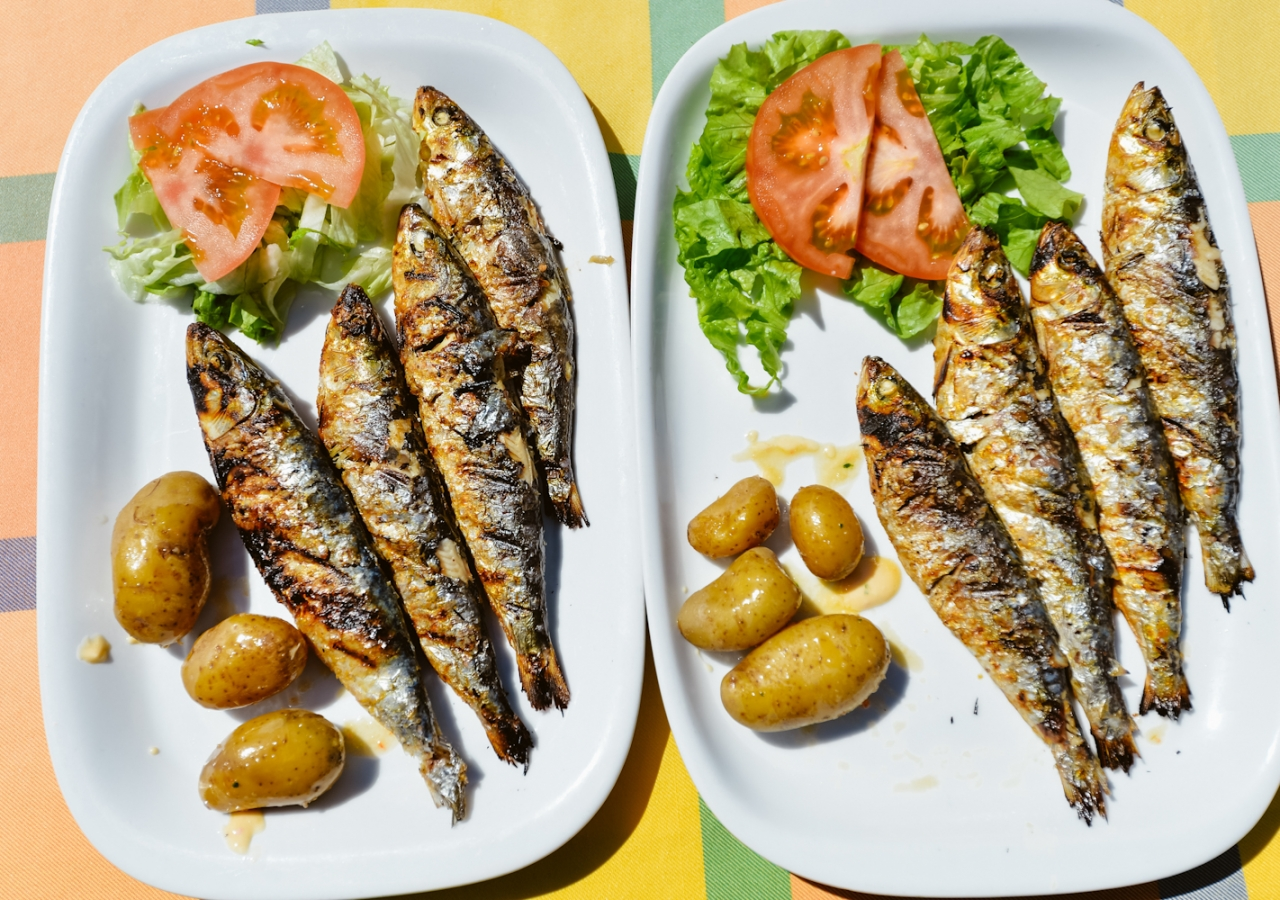 Looking for a healthier meal option? Then don't miss these grilled sardines!