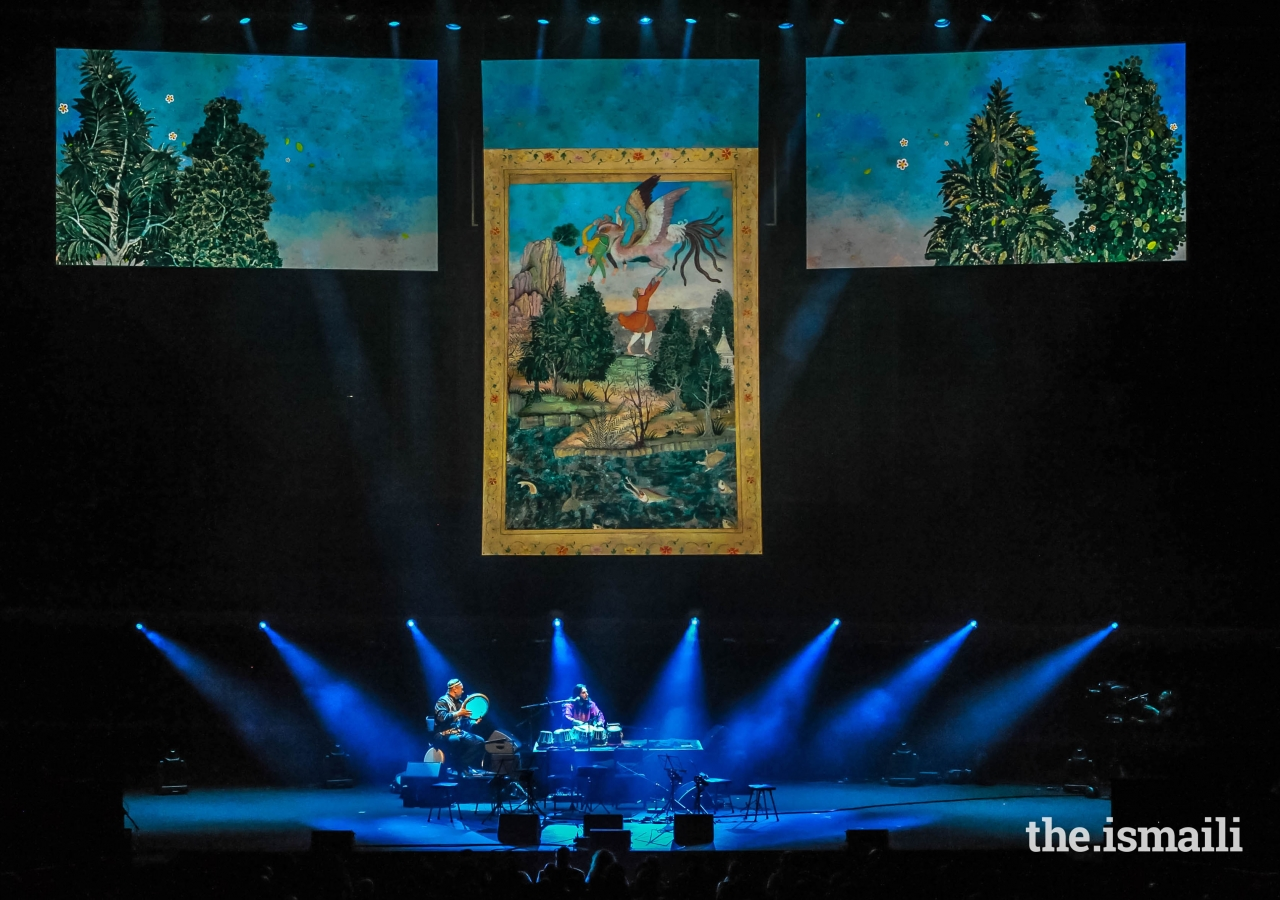 A special feature of the concert at the Royal Albert Hall was the dialogue between music, visual imagery and animation in the form of miniature paintings and manuscript illuminations.