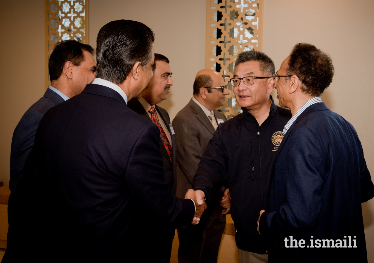Assemblyman Kansen Chu meeting with Jamati leaders.