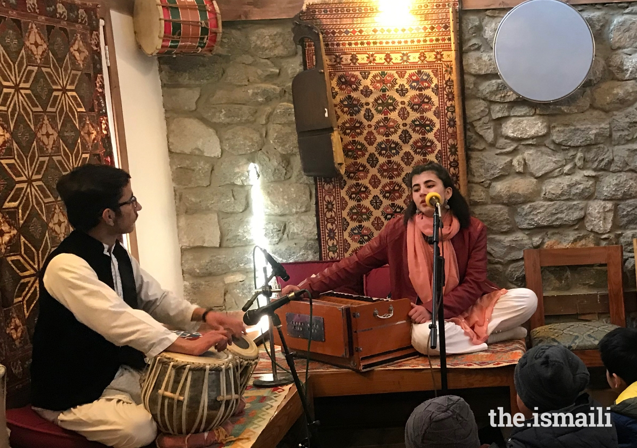 Students of the Leif Larsen Music Centre in Gilgit Baltistan take part in a musical performance.