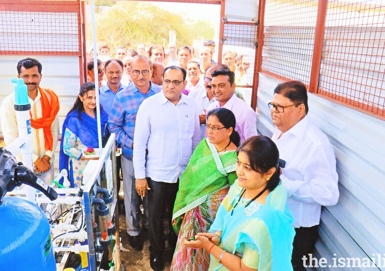 Inauguration of water filter project at Yavatmal.