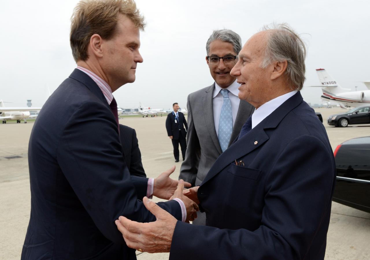 Mawlana Hazar Imam is greeted by Minister Chris Alexander and President Malik Talib upon his arrival in Toronto. Zahur Ramji