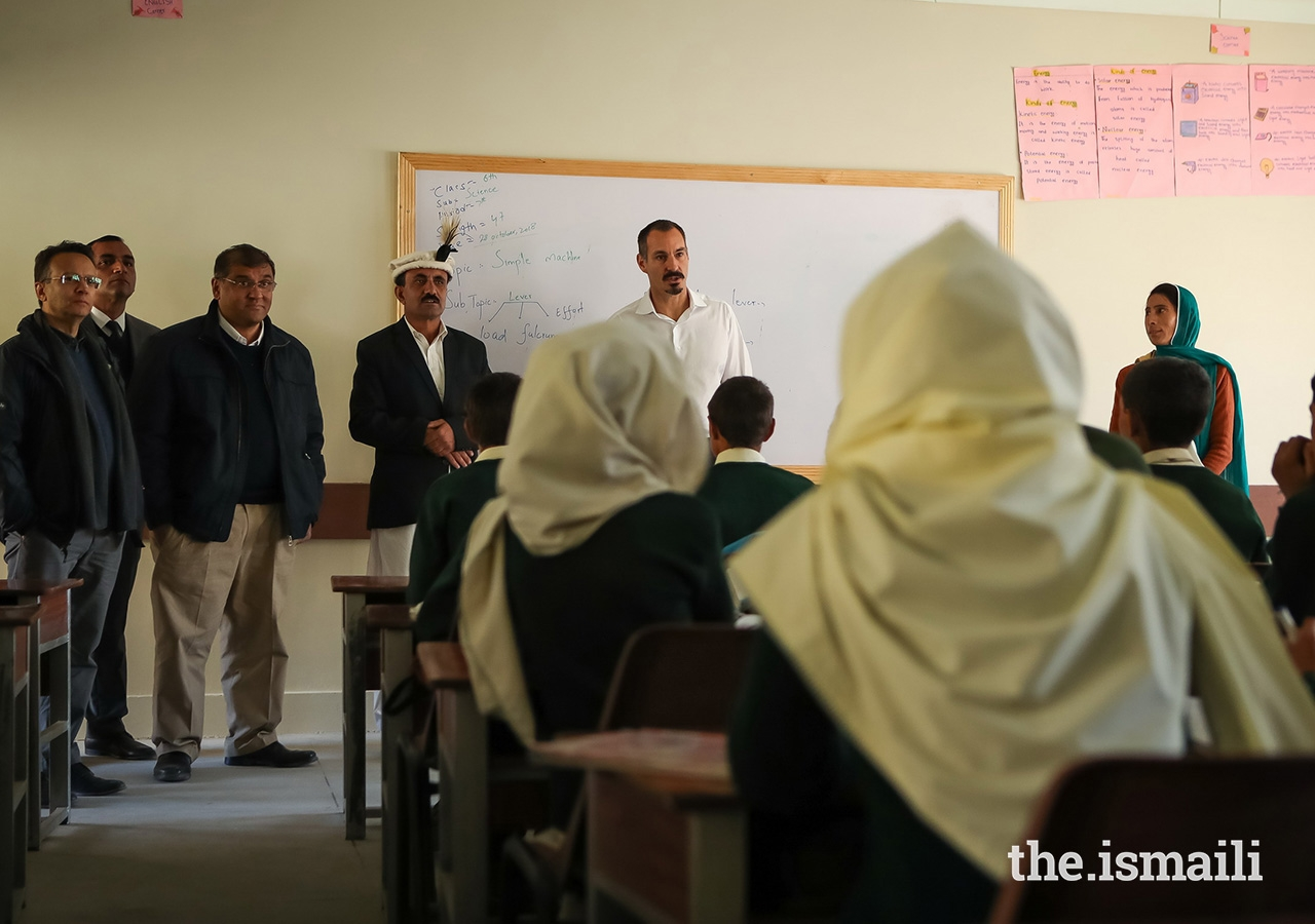Prince Rahim with students and teachers at the Diamond Jubilee School in the village of Darkut, Silgan Valley, Ghizer District, in Gilgit-Baltistan. The school is operated by the Aga Khan Education Services (AKES).