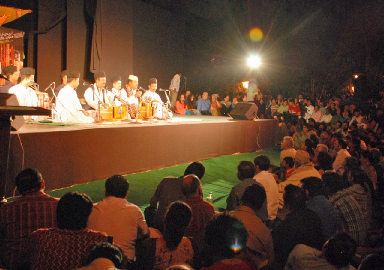 """In March 2010, AKTC organised """"Jashn-e Khusrau"""", a festival of qawwali and other Sufi traditions of music and poetry that drew 10000 people from across Delhi to the Nizamuddin Basti."""