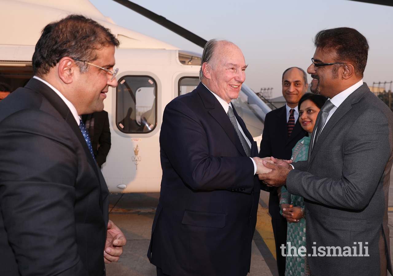 Mawlana Hazar Imam being received by local leadership upon arrival at Islamabad Airport