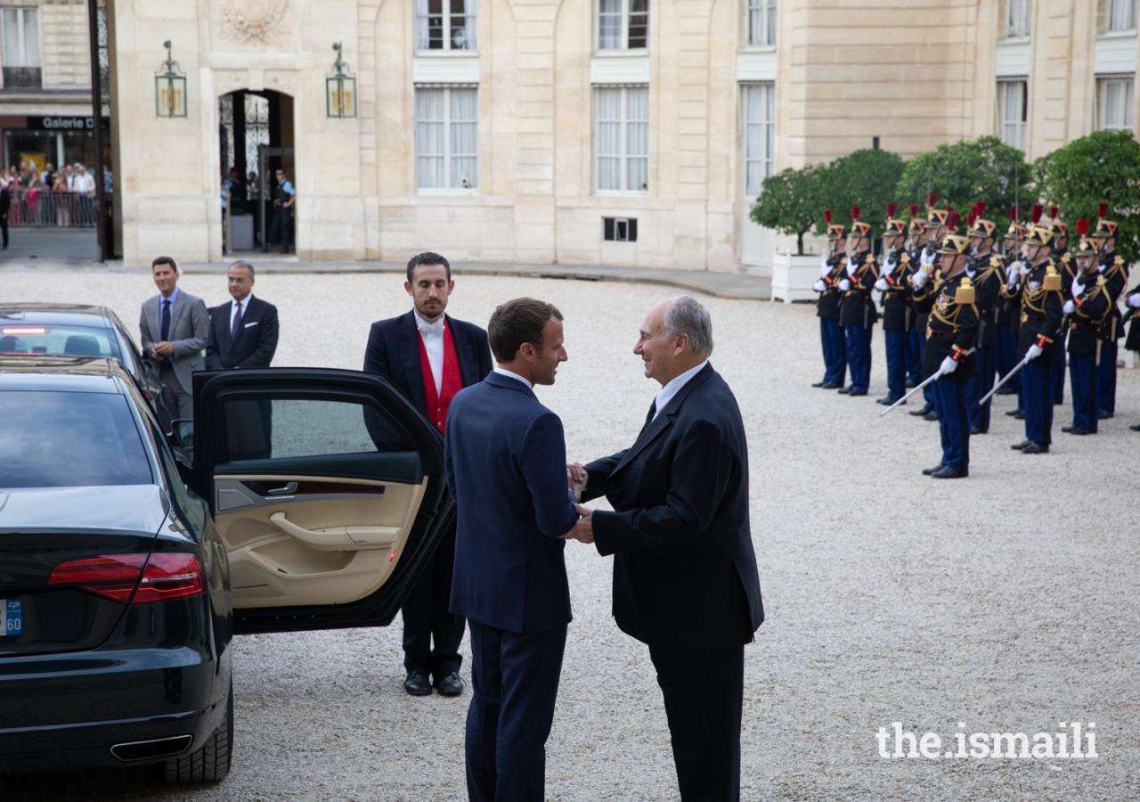 President Emmanuel Macron bids farewell to Mawlana Hazar Imam after their meeting at the Élysée Palace.