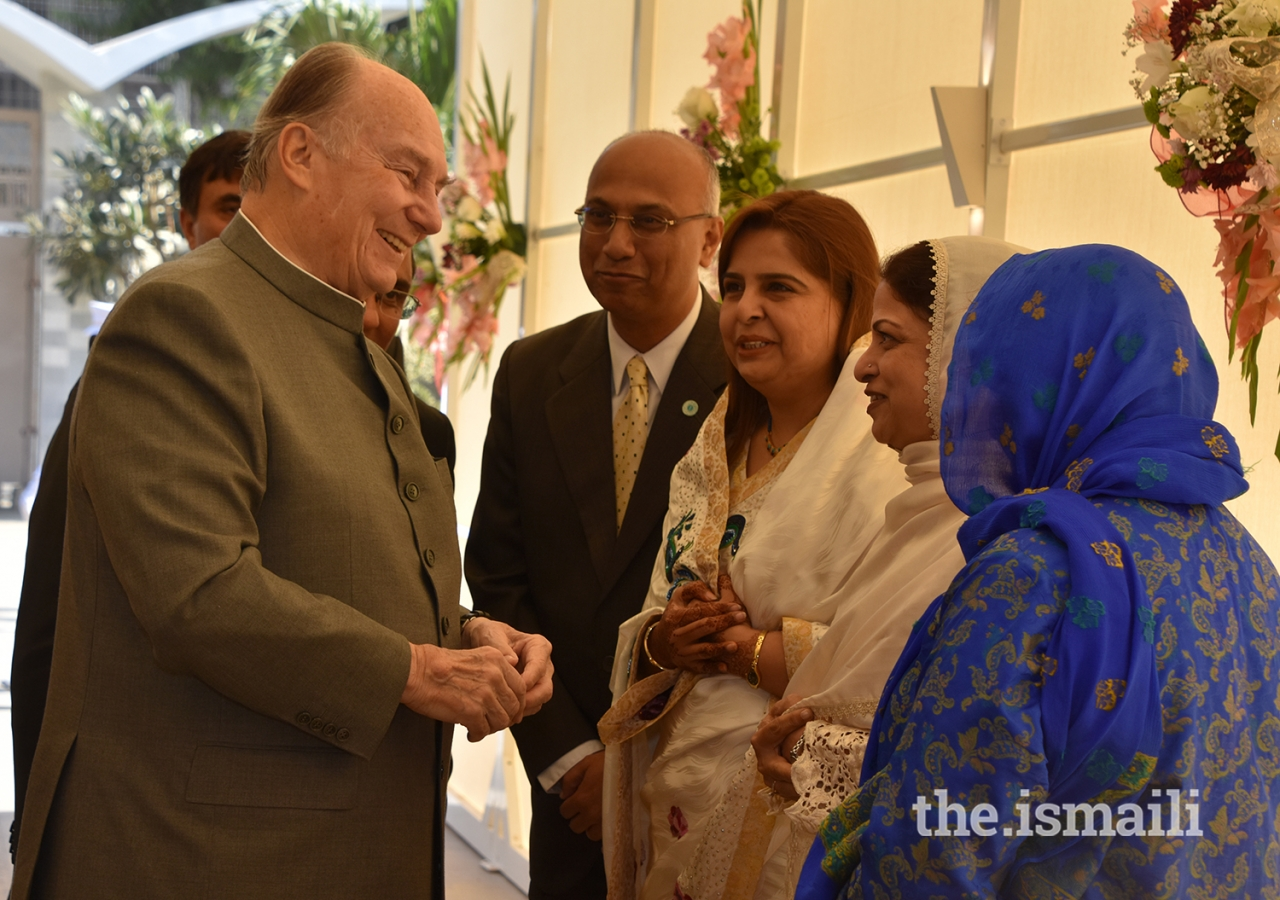 Mawlana Hazar Imam being received upon arrival at Darkhana Jamatkhana, Karachi