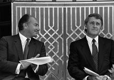 Mawlana Hazar Imam applauds Prime Minister Brian Mulroney, following his remarks at the Opening Ceremony of the Ismaili Centre, Vancouver.