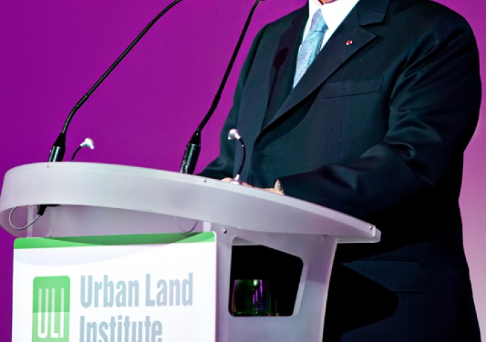 Mawlana Hazar Imam, who was awarded the J.C. Nichols Prize in 2011, addresses a leadership dinner at the Urban Land Institute Europe Annual Conference held in Paris.