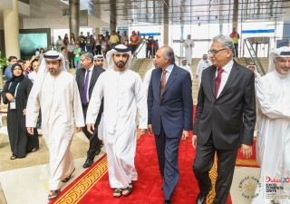 Upon his arrival for the Closing Ceremony of the 2016 Jubilee Games, His Highness Sheikh Mansoor is accompanied by LIF Chairman Mahmoud Eboo and Ismaili Council President Amiruddin Thanawala. JG / Pervaiz Akhtar