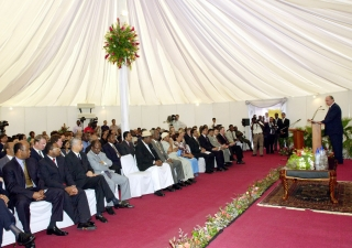 Mawlana Hazar Imam addressing the guests at the ground breaking ceremony of the Aga Khan Hospital extension.