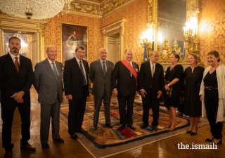From L to R: Prince Rahim, Prince Amyn, Xavier Darcos, Chancelier of the Institut de France and Former Government Minister, Hubert Védrine, Former Minister of Foreign Affairs, Mawlana Hazar Imam, Jean-Yves Le Drian, Minister for Europe and Foreign Affairs, Princess Zahra, Laure Darcos, Senator from Essonne and Maria Vadillo, Spouse of the Minister for Europe and Foreign Affairs.