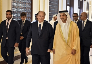 Mawlana Hazar Imam and Sheikh Mansour Bin Zayed Al Nahyan proceed to lunch at the Presidential Palace, accompanied by an entourage that includes Prince Aly Muhammad and several UAE leaders. Gary Otte