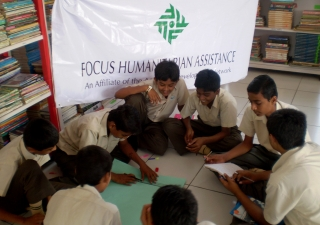 With the help of FOCUS, students learn how to prepare a disaster management plan at school. FOCUS