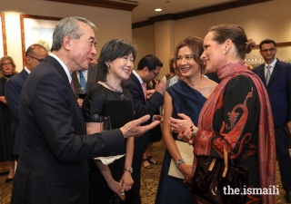 Host Committee members, Dr Anne and Albert Chao, and the President of the Asia Society Texas Center, Bonna Kol, in conversation with Princess Zahra during a pre-dinner reception.