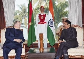 Shri C. Vidyasagar Rao, Honourable Governor of Maharashtra in conversation with Mawlana Hazar Imam at the Raj Bhavan.