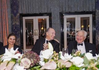 Mawlana Hazar Imam shares a light moment with Sir Nicholas Barrington, an honorary vice-president of The Pakistan Society.