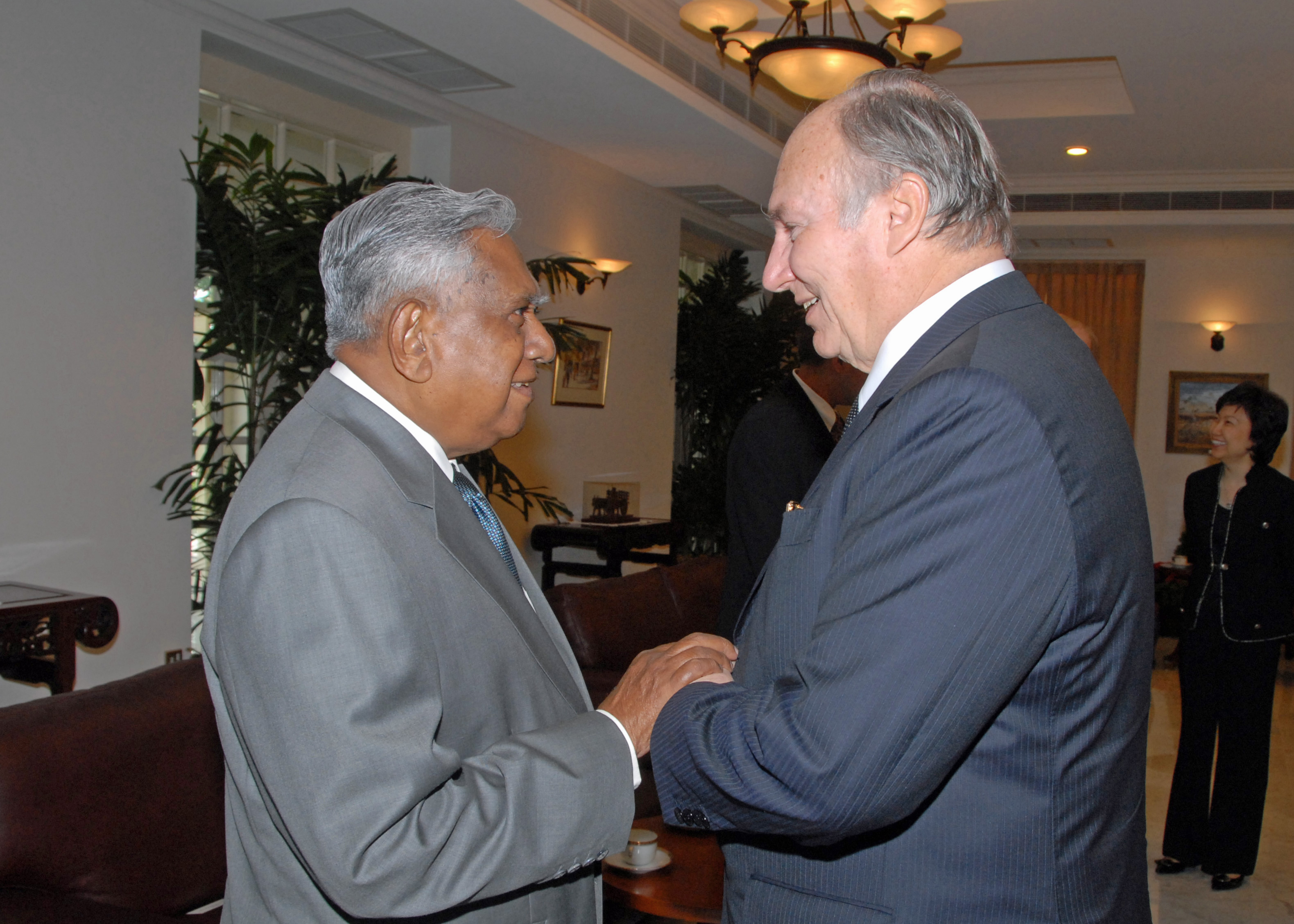 Mawlana Hazar Imam is greeted by President S R Nathan at the Istana in Singapore. Photo: Akbar Hakim
