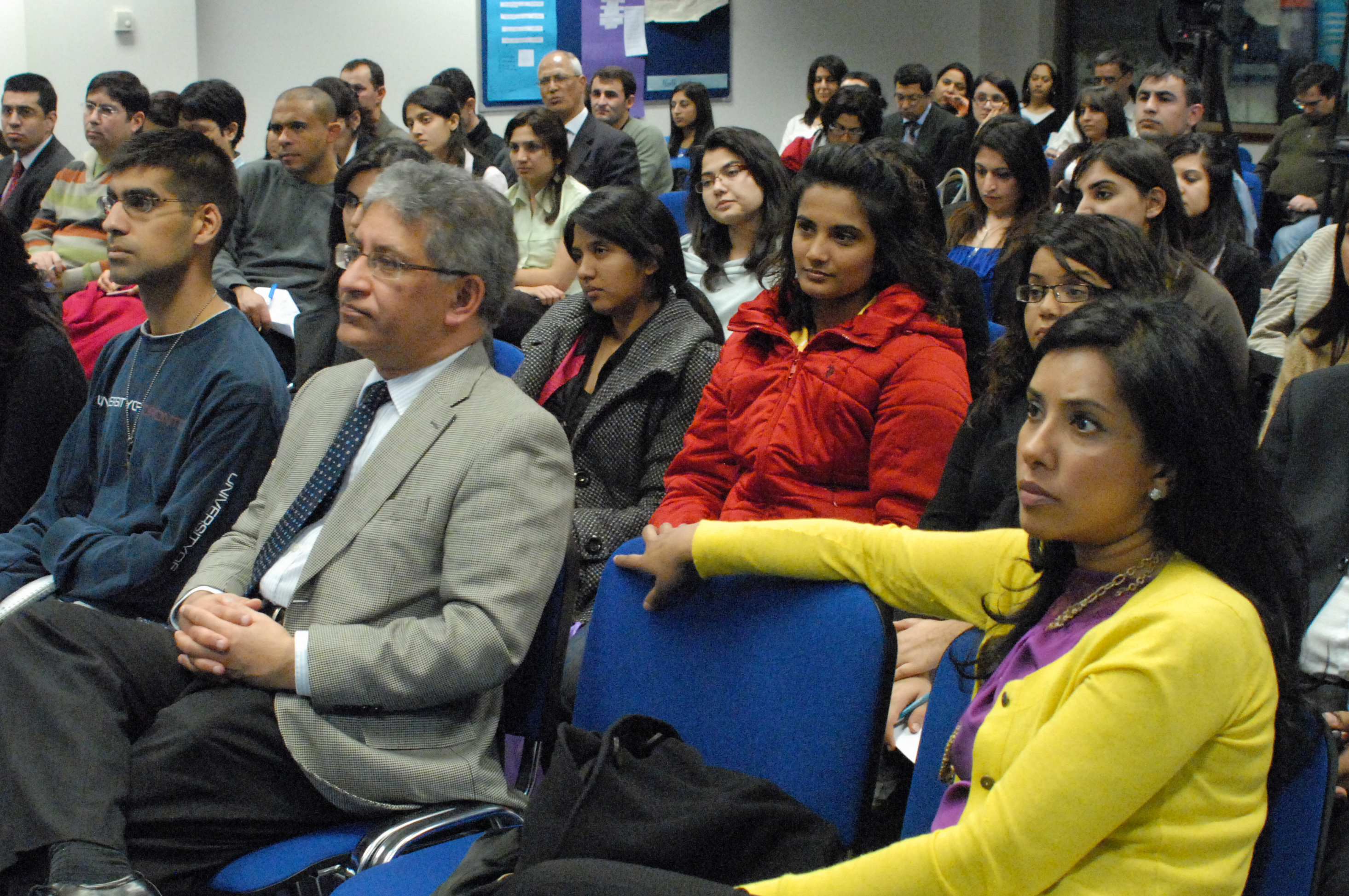 An eager audience gathered at The Institute of Ismaili Studies in December 2009, to hear Eboo Patel speak about religious pluralism and interfaith engagement. Photo: Courtesy of The Institute of Ismaili Studies