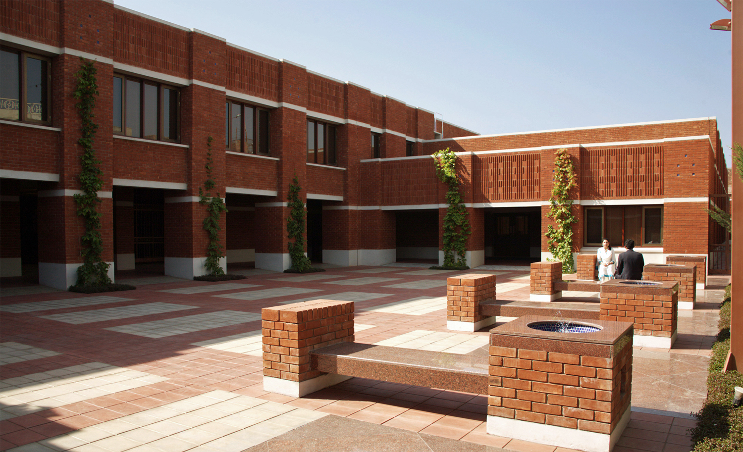 The Grand Courtyard at the Ismaili Jamatkhana Lahore. Photo: Courtesy of the Ismaili Council for Pakistan