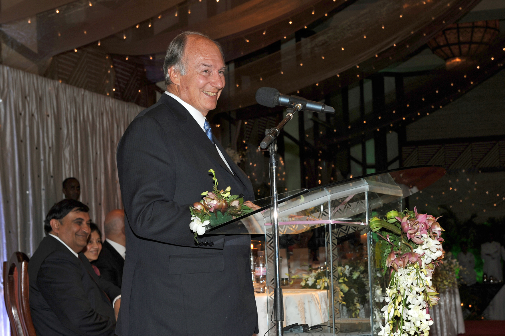 Mawlana Hazar Imam addresses those gathered for the Kenya Jamati Institutional Dinner. Photo: Courtesy of the Ismaili Council for Kenya