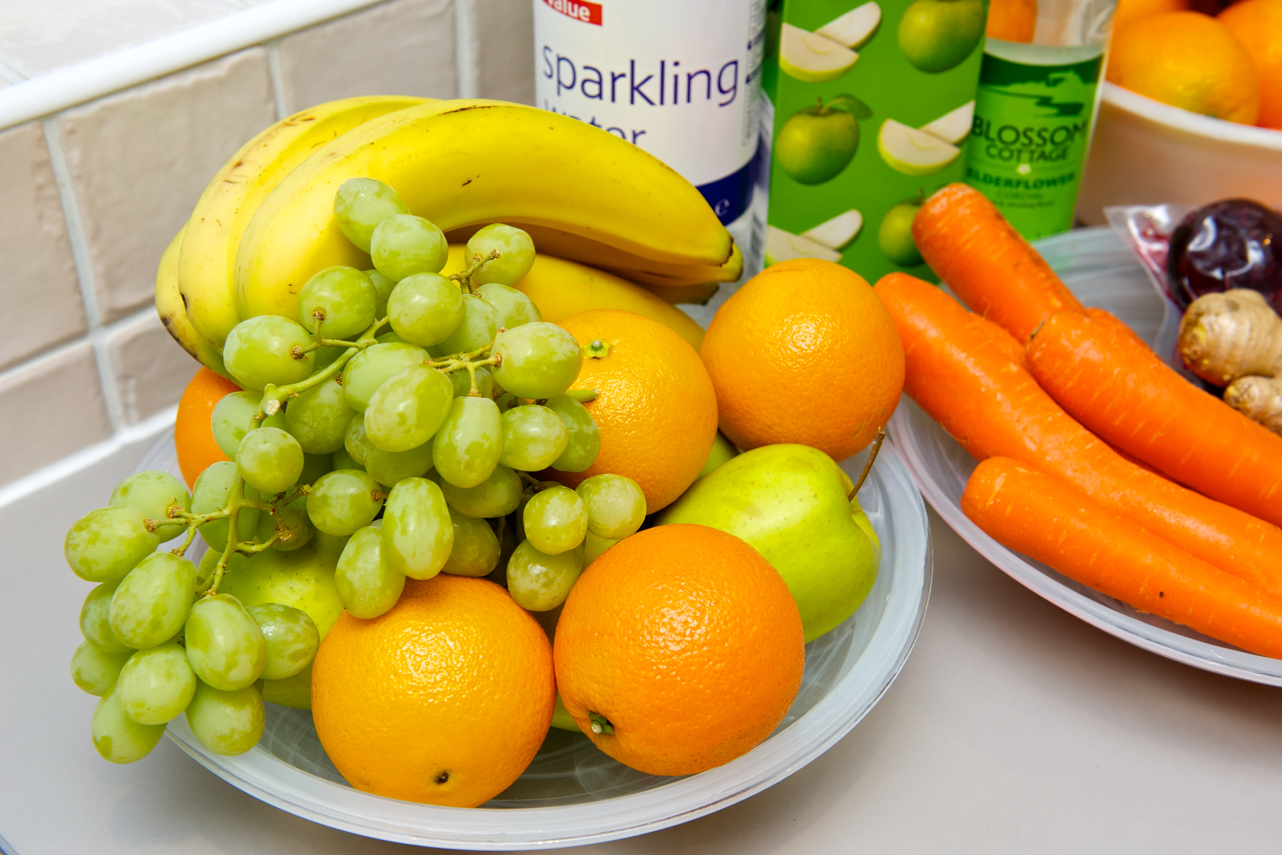 Eat meals and snacks that are high in complex carbohydrates, including fruit and vegetables. Photo: Naveed Osman