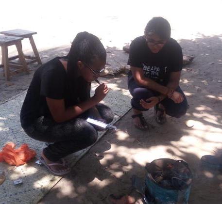 Sara's environmental work introduces alternative fuels to local communities near Mombasa.
