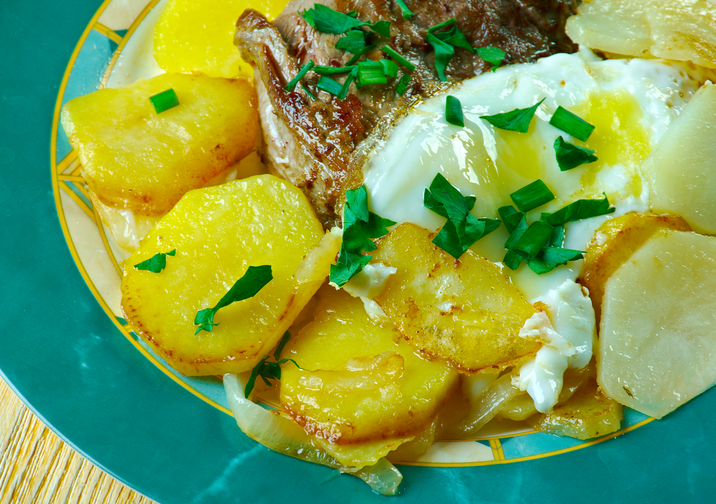 Protein much? Get your fill of meat and eggs with this Portuguese-style steak.